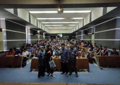 Kuliah Tamu Prodi Teknik Mekatronika-PENS-Etika Profesi dan Keterampilan Komunikasi untuk memasuki Dunia Kerja Era 4.0 -2019